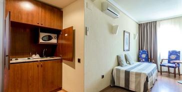 APARTAMENTO 1 DORMITORIO (4 adultos) Torreluz Aparthotel